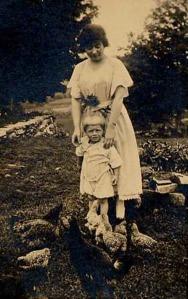 Eddie & his mom - Canterbury cir. 1923
