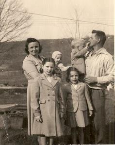 Helen, Betty, Sheila, Hank, Cheryl & Eddie cir 1952