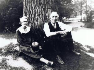 Carrie and John Roberts - Elizabeth Park - CT - 1930s