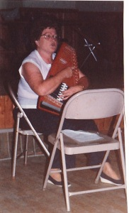 reunion autoharp player
